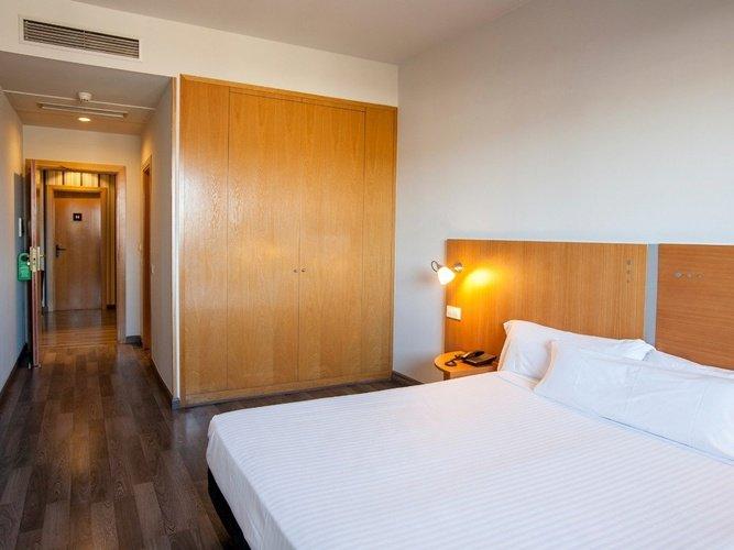 Sala hotel porta de gallecs mollet del vallés
