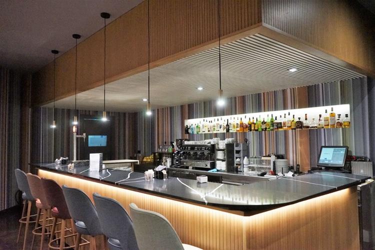 Cafeteria hotel ciutat de granollers